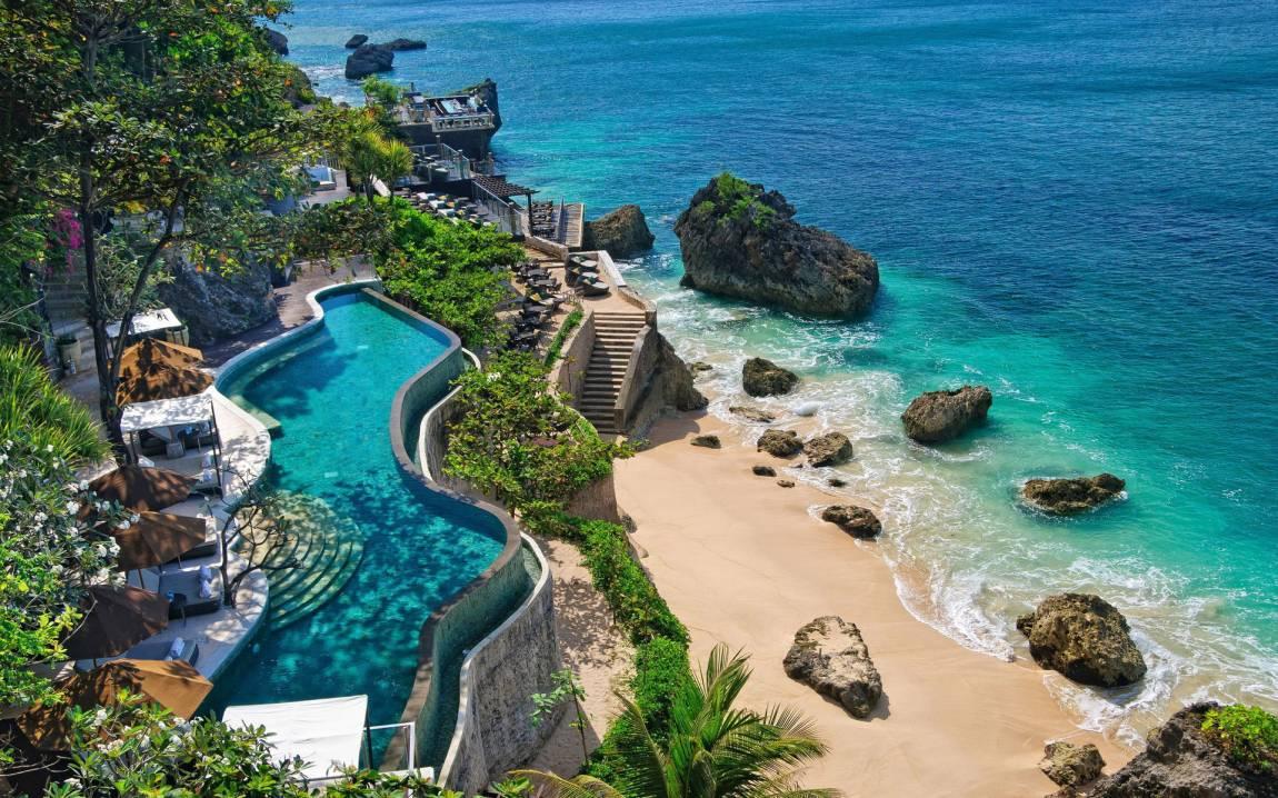 piscina jimbaran